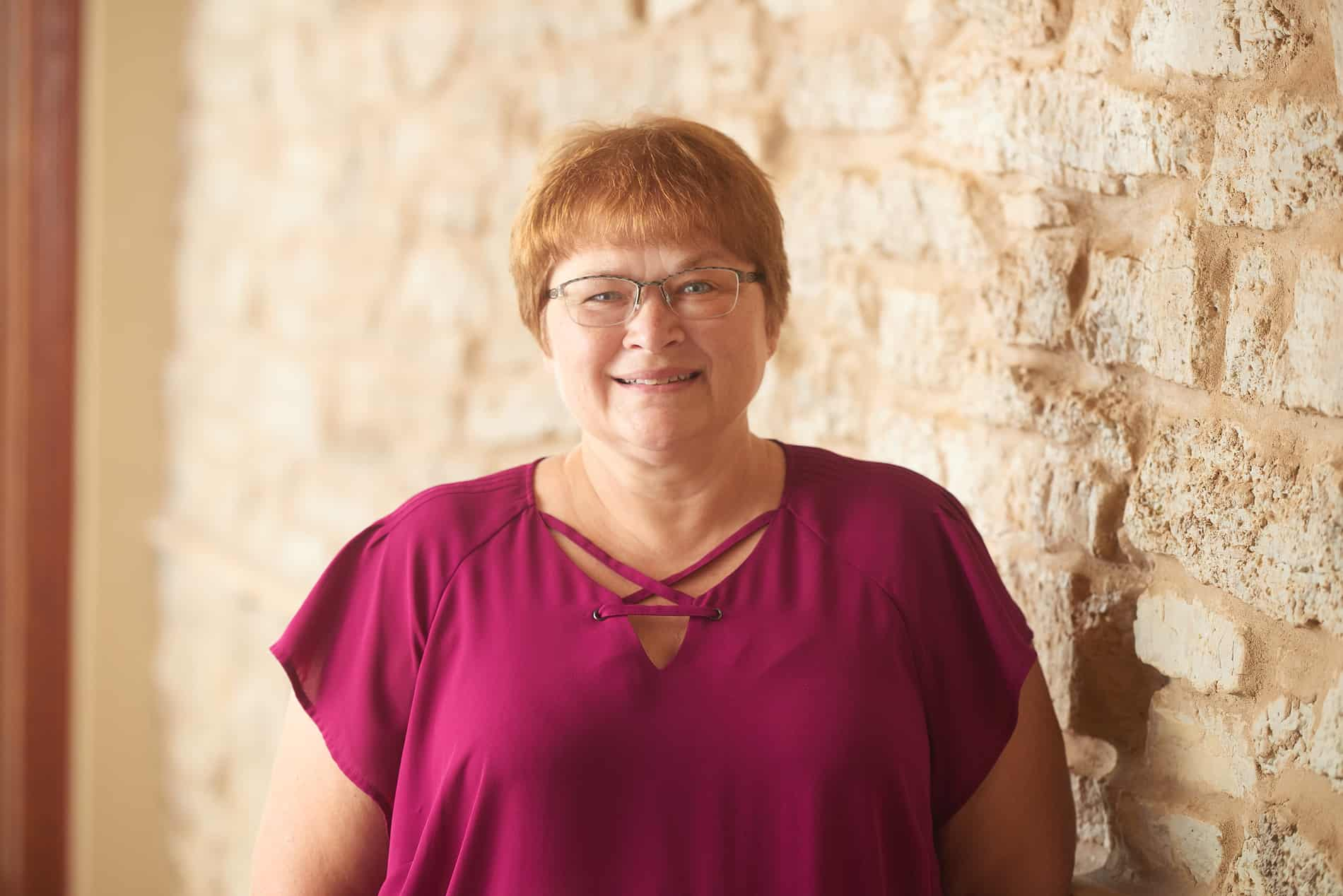 Diane Erbe - 2019 New Albin Savings Bank Headshot